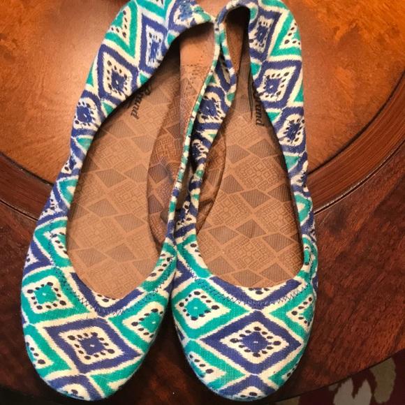 Lucky Brand Shoes - Lucky Brand Green Blue Pattered Ballet Flat - 7.5